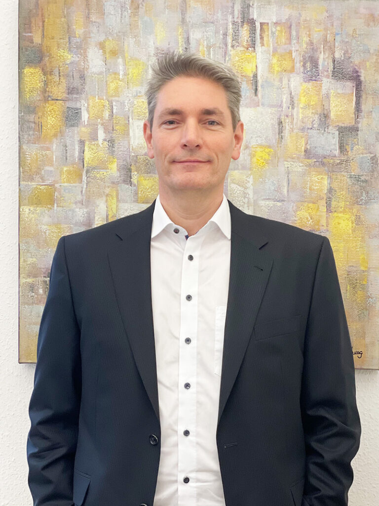 Peter Zinck - Principal Consultant