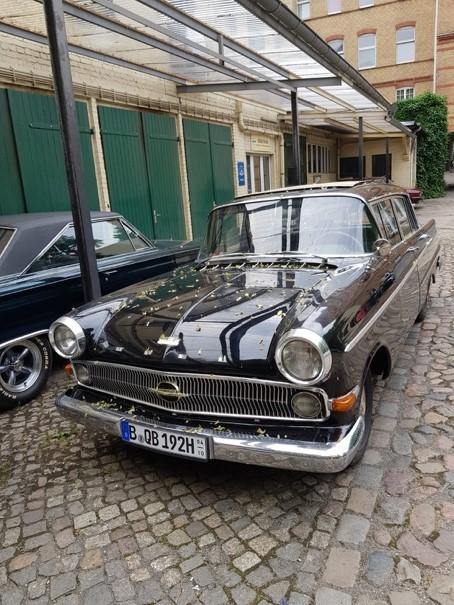 Ankündigung: Kapitänsreise mit Opel Kapitän 1961